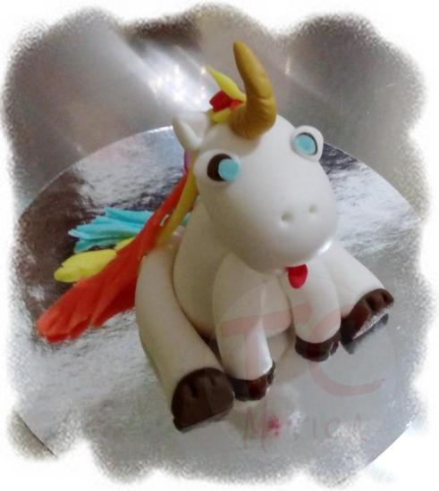 Unicorno in pasta di zucchero