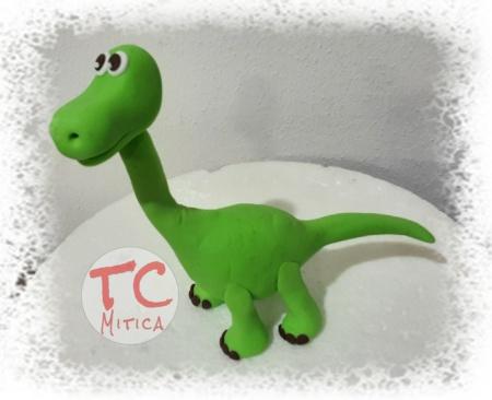 Dinosauro baby in pasta di zucchero