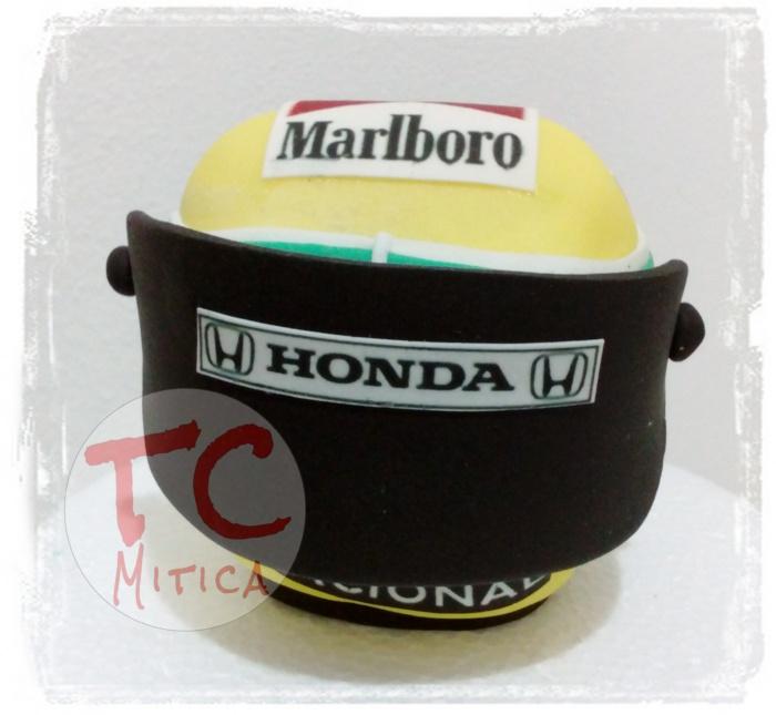 casco di Senna in pasta di zucchero