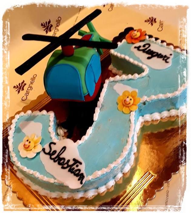 torta con elicottero
